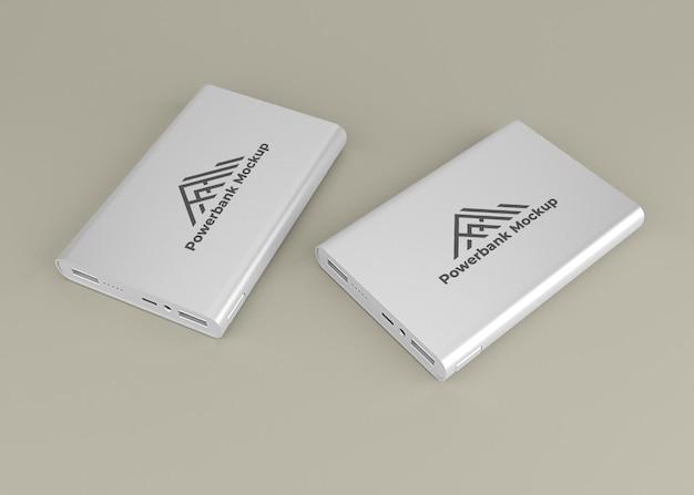 Afgeronde zilveren powerbank-apparaatmodel