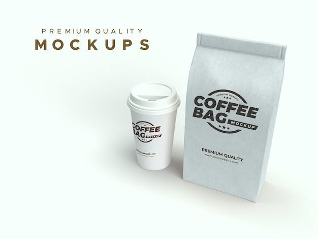 Ambachtelijke papieren zak en koffiekopje mockup