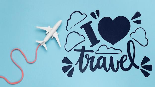 Amo viaggiare, citazione motivazionale dell'iscrizione per le vacanze che viaggiano concetto