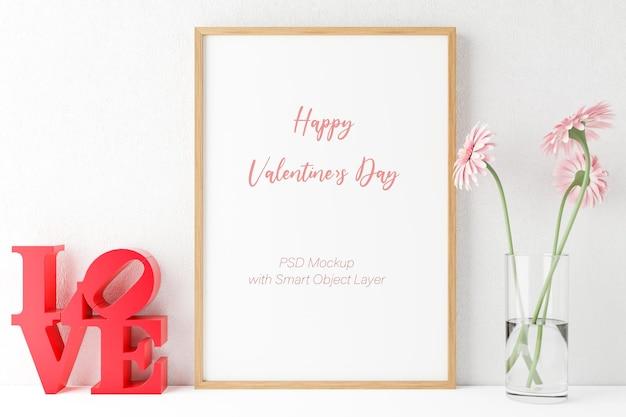 Amor y san valentín con maqueta de marco de fotos.