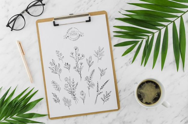 Appunti vista superiore e disegno con mock-up