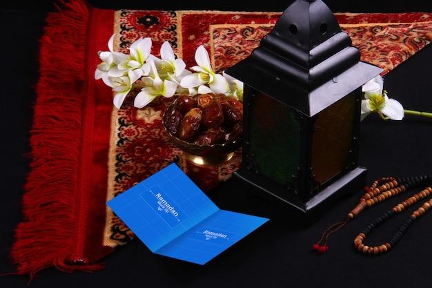 Arabische compositie met visitekaartje mockup