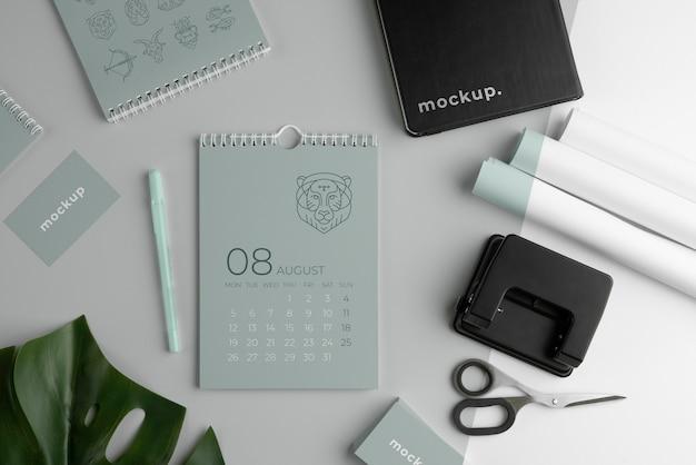 Arreglo de calendario de maqueta minimalista