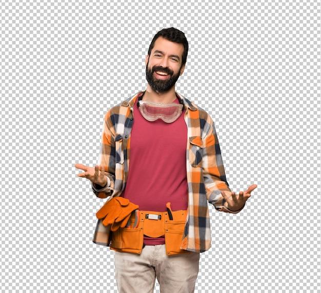 Artesanos hombre sonriendo