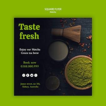 Assapora l'aroma fresco del volantino quadrato del tè matcha