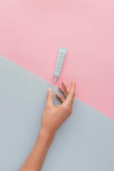Assortiment nagelverzorgingsproducten met mock-up