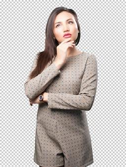 Aziatische vrouw denken