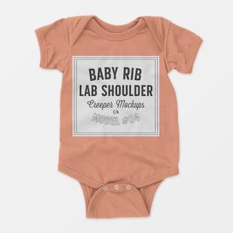 Baby rib lap schouder klimplant mockup 04