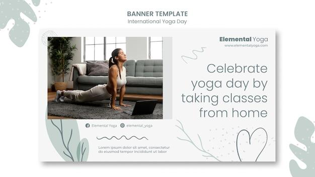 Banner del día internacional del yoga