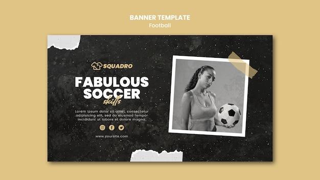 Banner horizontal para futbolista femenina.