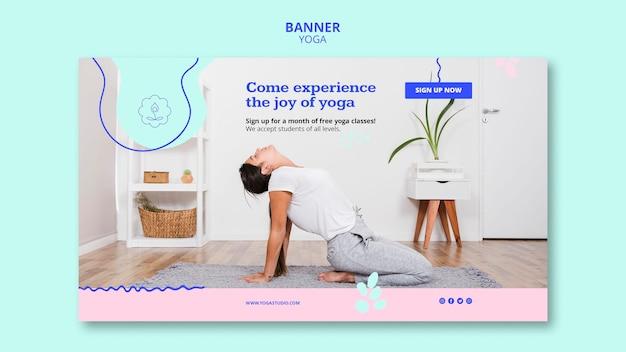 Banner modello di lezioni di yoga