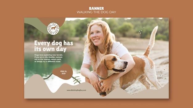 Banner wandelen met de hond dagsjabloon