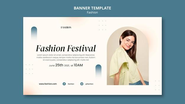 Bannermalplaatje voor modestijl en kleding met vrouw