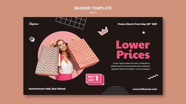 Bannermalplaatje voor verkoop met vrouw in roze kostuum