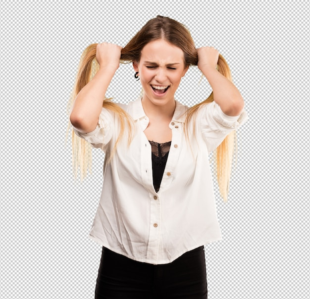 Bastante joven mujer estirando su cabello