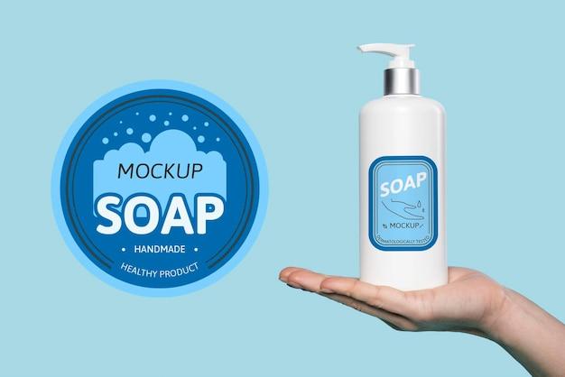 Bespreek zeep om je handen mee te wassen