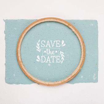 Bewaar de datum mock-up minimalistisch bovenaanzicht