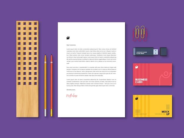 Bewerkbare, moderne, hoogwaardige mockupsjabloon voor branding-briefpapier