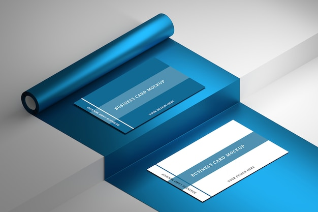 Bewerkbare psd-mockup voor briefpapier met twee visitekaartjes op blauw gerold papier