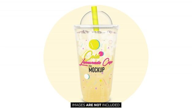 Bicchiere contenitore limonata in plastica con pipa psd mockup