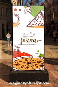 Billboard mockup met pizzaontwerp