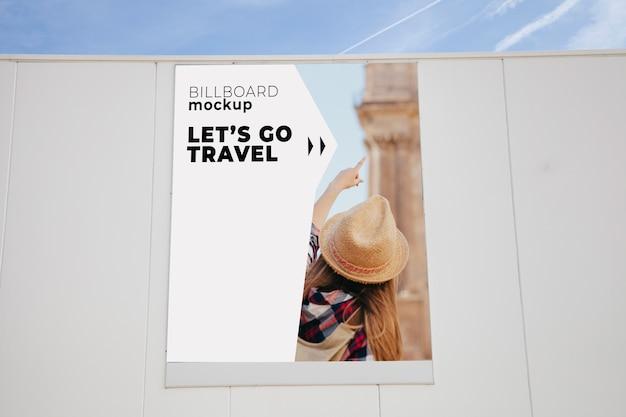 Billboard mockup op de muur