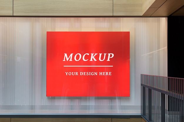 Binnenshuis briefpapier bewerkbare psd mockup met groot reclamebord