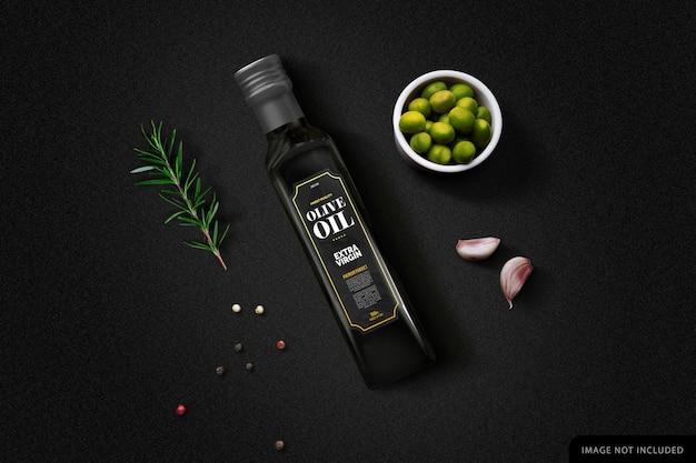 Black olive oil bottle mockup op zwarte achtergrond