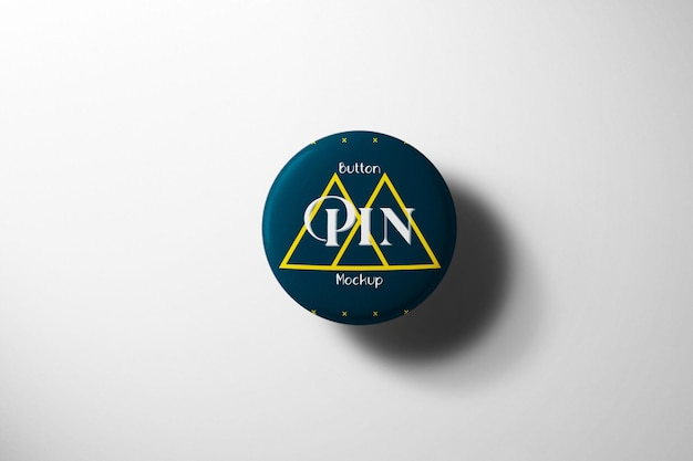Blauwe knop pin mockup