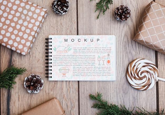 Blocnotemodel met kerstmisconcept