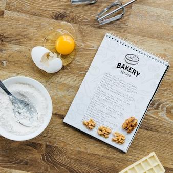 Blocnotemodel met keuken en receptenconcept