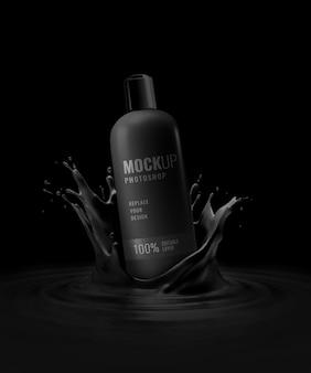 Botella negra cayendo maqueta de salpicaduras