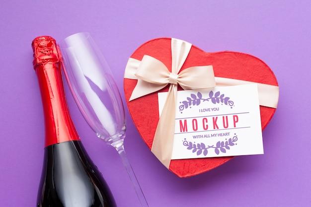 Botella de vino y chocolate vista superior