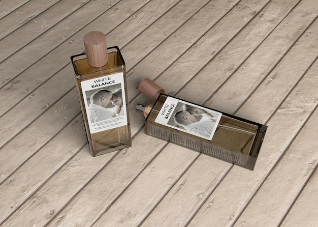 Botellas rectangulares de maqueta de perfume