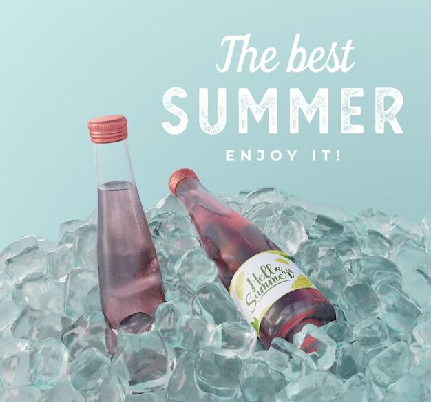 Bottiglie di soda di frutta con cubetti di ghiaccio