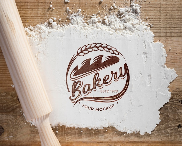 Bovenaanzicht bakkerij bloem op de tafel met mock-up