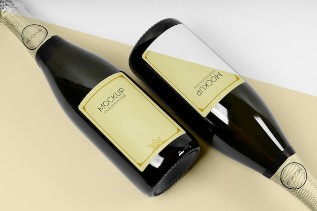 Bovenaanzicht champagneflessen mock-up