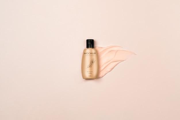 Bovenaanzicht cosmetische productcontainer met plons