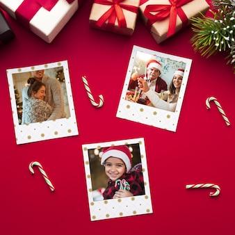 Bovenaanzicht gelukkige familiefoto's op kerstmis