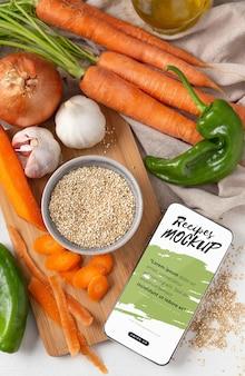 Bovenaanzicht groenten arrangement mockup Gratis Psd