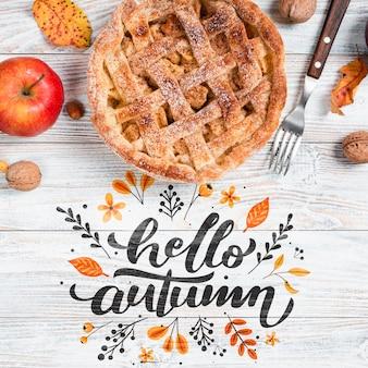 Bovenaanzicht herfst ontbijt met taart