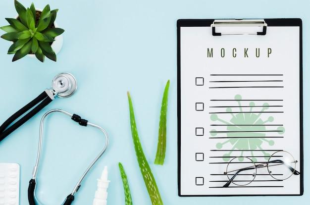 Bovenaanzicht medisch concept met mock-up