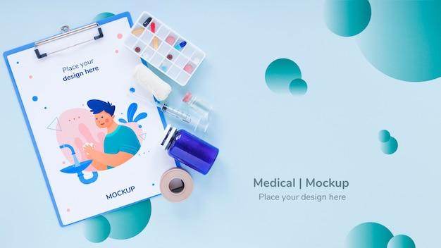 Bovenaanzicht medisch klembord met mock-up