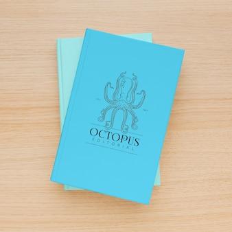 Bovenaanzicht minimalistisch mock-upassortiment voor boekomslagen