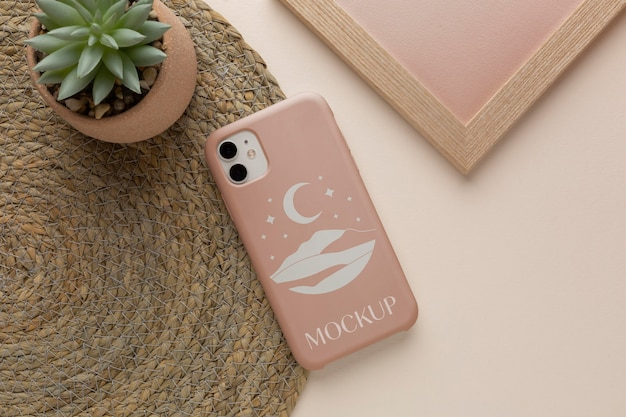 Bovenaanzicht mock-up smartphone case arrangement