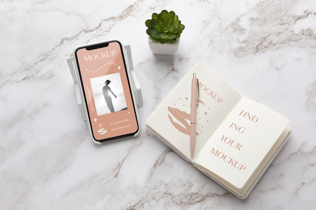 Bovenaanzicht mock-up smartphone schermindeling