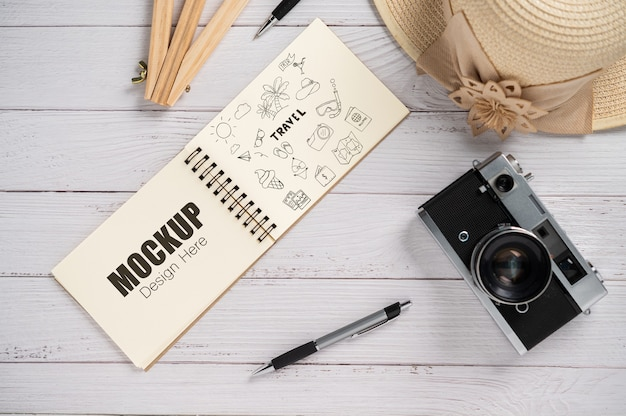Bovenaanzicht notebook-activiteit