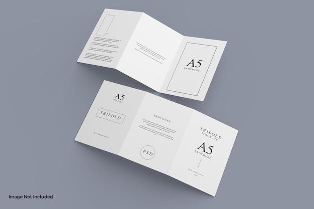 Bovenaanzicht realistische driebladige brochure mockup