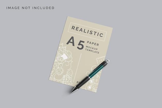 Bovenaanzicht realistische papieren mockup-ontwerp