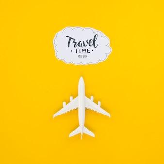 Bovenaanzicht reizende vliegtuig avontuur tijd